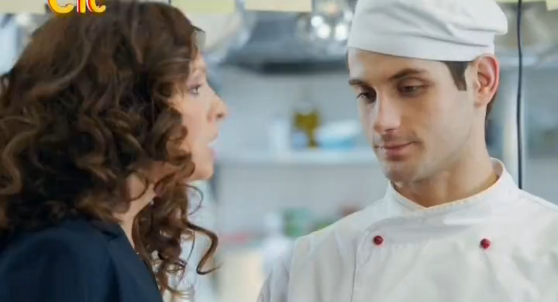 смотреть 1 сезон кухня: